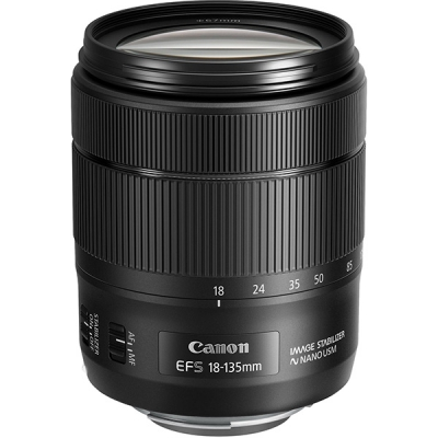 Canon EF-S 18-135mm f3.5-5.6